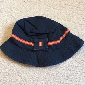 NWT Gap baby brimmed hat size 12-18 months